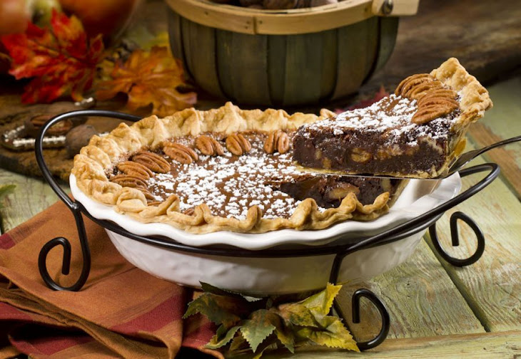 Bourbon Chocolate Pecan Pie Recipe | Yummly