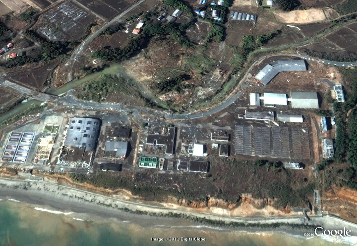 Séisme Japon - Page 3 Fukushima%20just%20south%20of%20power%20plant%20after