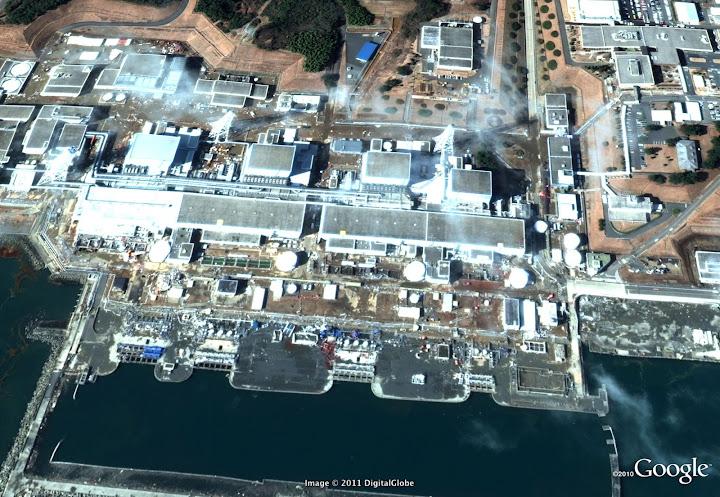 Séisme Japon - Page 3 Fukushima%20nuclear%20power%20plant%20DG%20after