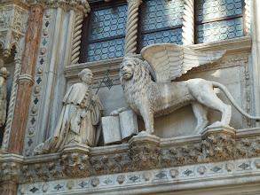 Photo: Le lion, symbole de  de Venise
