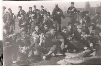 """Photo: Un día de campo en Quintana de Raneros, comiendo """"bollos preñaos""""."""
