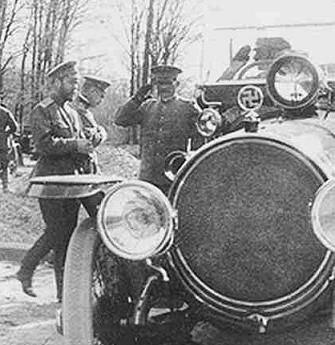 Свастика на автомобиле Николая 2