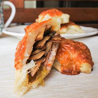 'Mushrooms on Toast' Pastries.