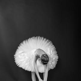 by Dušan Gajšek - Black & White Portraits & People ( nu?ka, fotoklub, prijatelji )