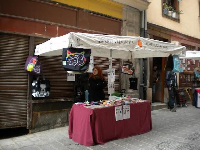 "Esperanza Felina en ""El Mercado de La Almendra"" en Vitoria DSCN4090"