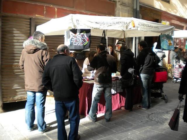 "Esperanza Felina en ""El Mercado de La Almendra"" en Vitoria DSCN4103"