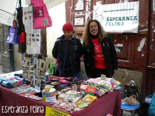 """Esperanza Felina en """"El Mercado de La Almendra"""" en Vitoria - Página 2 DSCN4276"""