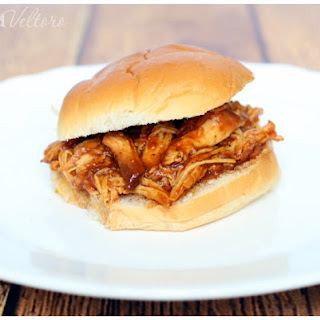 Easy Slow Cooker Barbecue Chicken