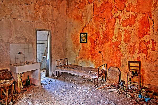 La stanza delle torture di carlo fierro