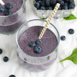 Blueberry Flax Superfood Smoothie.