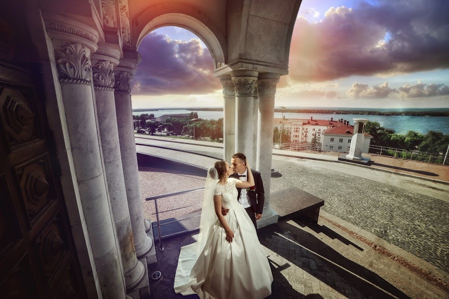 Свадебный фотограф Антон Бронзов (Bronzov). Фотография от 28.11.2017