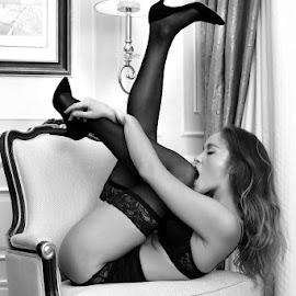 Tigress ViKra by ObjeKtiva Artphoto - Nudes & Boudoir Boudoir ( sensual, woman, feminine, sexy, intimate, hot, young woman, vogue, macau, tigresse, boudoir, powerful, china, viktoria yarova, vikra, ukraine, sensuality, boudoir photography, model, black and white, kiev )