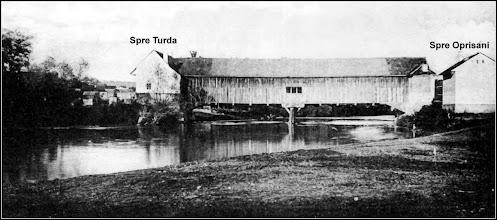 Photo: Podul de lemn sursa Facebook, R.C. https://www.facebook.com/permalink.php?story_fbid=1610446249268856&id=100009104908756&pnref=story