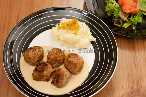 瑞典肉丸 Swedish Meatballs with Cream Sauce02
