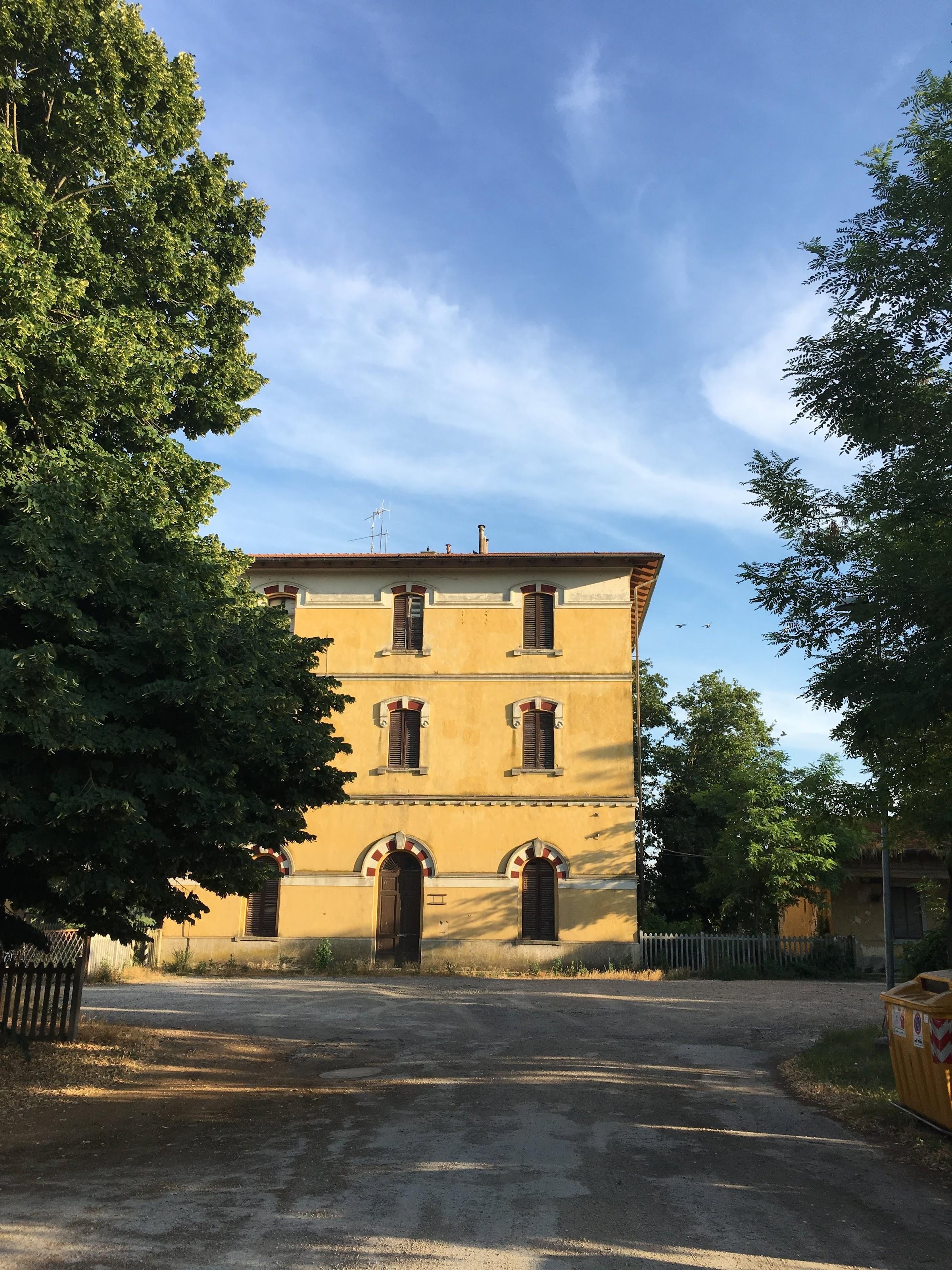 La stazione di Sant'Angelo-Cinigiano, Sant'Angelo Scalo, Montalcino