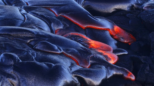 Lava Flow, Volcanoes National Park, Hawaii.jpg