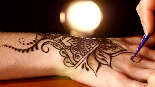 Foto do Learn to Draw Henna Design