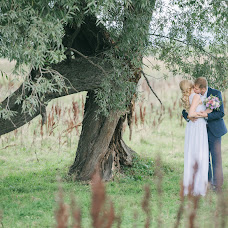 Wedding photographer Oksana Lukyanova (Ksanaphoto). Photo of 19.02.2017