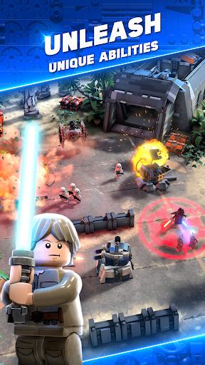 LEGO® Star Wars™ Battles screenshot 4