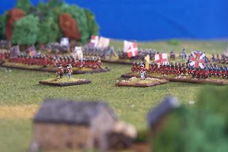 Photo: L'esercito inglese con i comandanti in primo piano.Miniature Baccus, materiale scenico TimeCast e autocostruito.