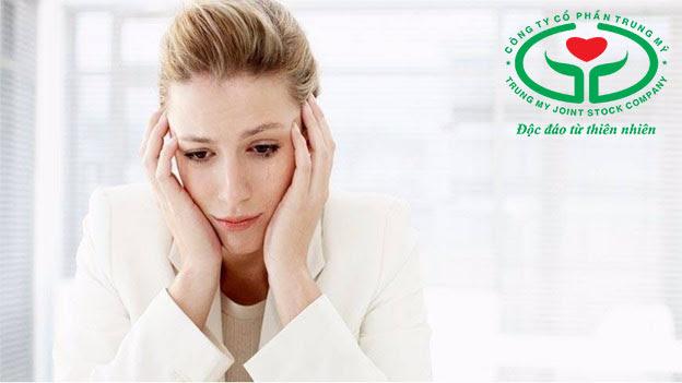 Da xanh xao mệt mỏi có thể do thiếu máu hoặc huyết áp thấp