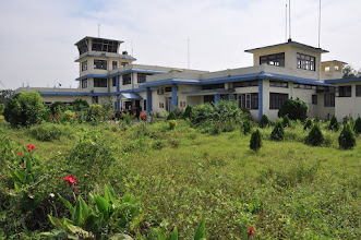 Photo: A l'aéroport de Bhadrapur