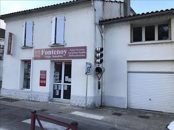 locaux professionels à Montendre (17)