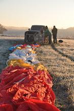 Photo: Mise en place au sol avant le gonflage