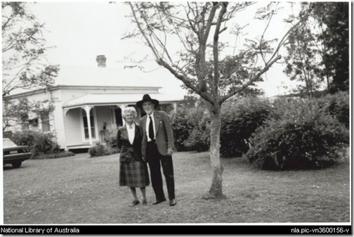 Dymphna and Manning Clark, at the home of Arch Gray, Scone, New South Wales, 12 November 1989