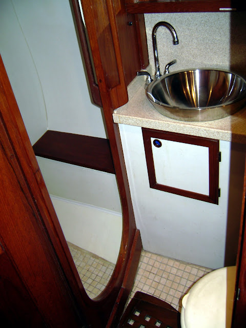 Aft Head and Shower (starboard side, looking forward)