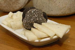 Photo: Cheese with Tuber Melanosporum