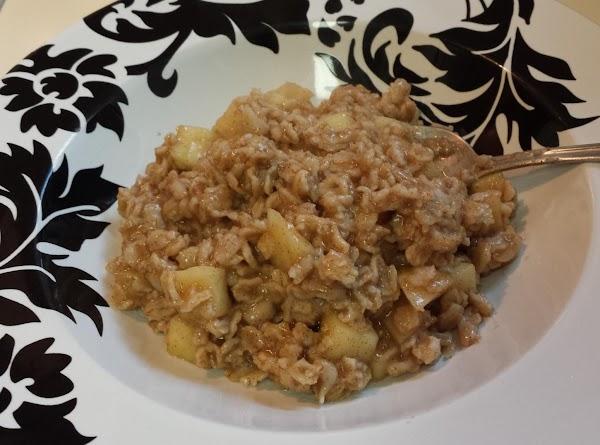 Cinnamon Apple Oatmeal Recipe