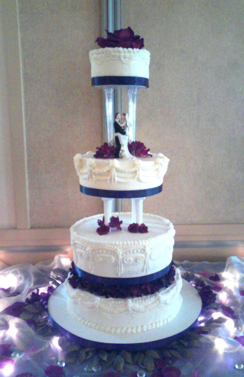 latest wedding cake photos