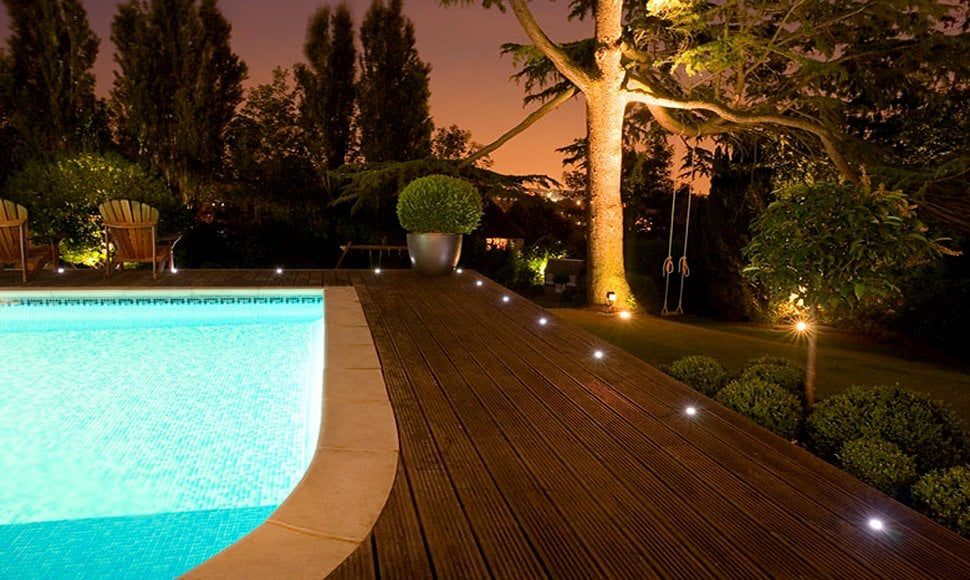 warm and cool exterior lighting