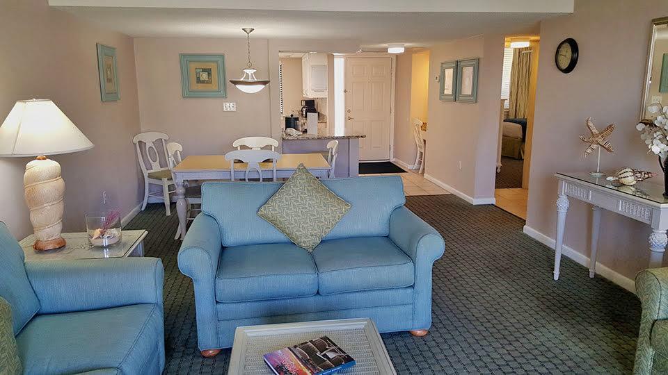 2 Bedroom Suite Picture Number 1