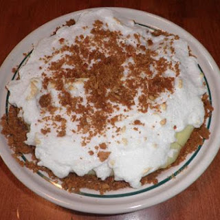 Old-Fashioned Graham Cracker Custard Pie