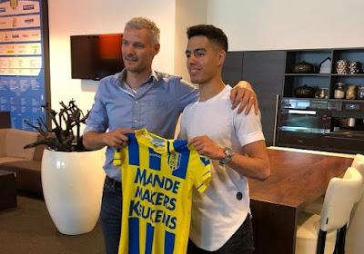 """Voormalig Lierse-talent maakt grote indruk in Nederland: """"Zoals Van Hanegem en Beckenbauer"""" en """"Hij aait die bal gewoon"""""""
