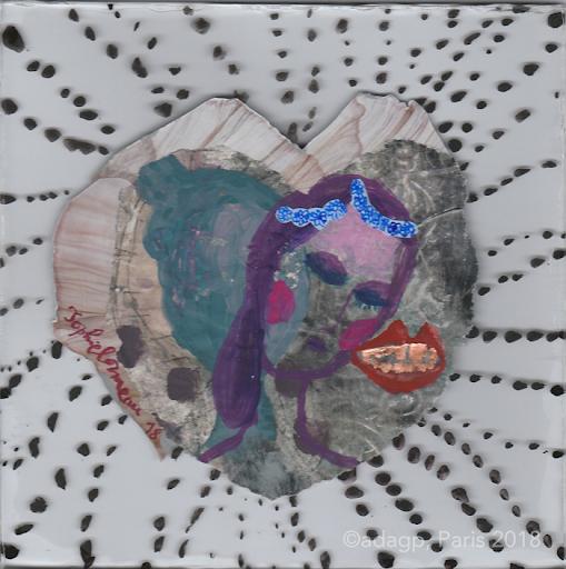 miroiter-sophie-lormeau-peinture-acrylique-papier-bouche-mousse-lip-levres-amoureux-lovers-lune-pois-noir-collage-verre-dent-or-reveuse-enfance-artiste-art-contemporain-figuratif-singulier-colorful-dream-reve-adagp