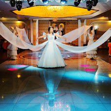 Wedding photographer Vladimir Esikov (Yess). Photo of 22.04.2015