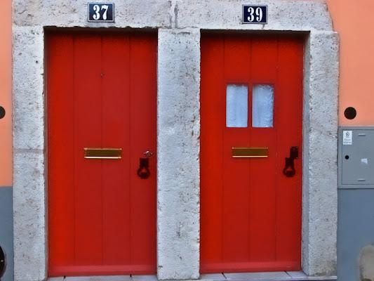 La mia porta è quella rossa... di mauro56