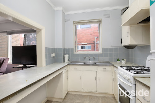 Photo of property at 4/28 Kelvinside Road, Noble Park 3174