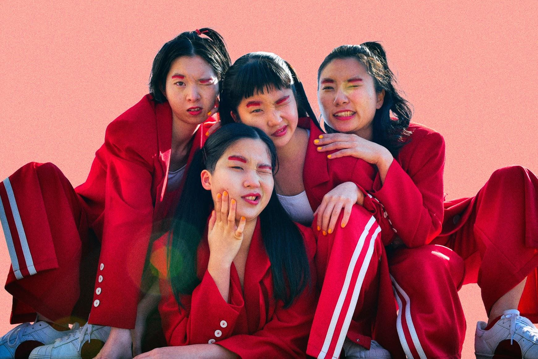 [迷迷演唱會]翻轉「可愛」定義 次世代另類粉紅旋風 CHAI 首度襲台!