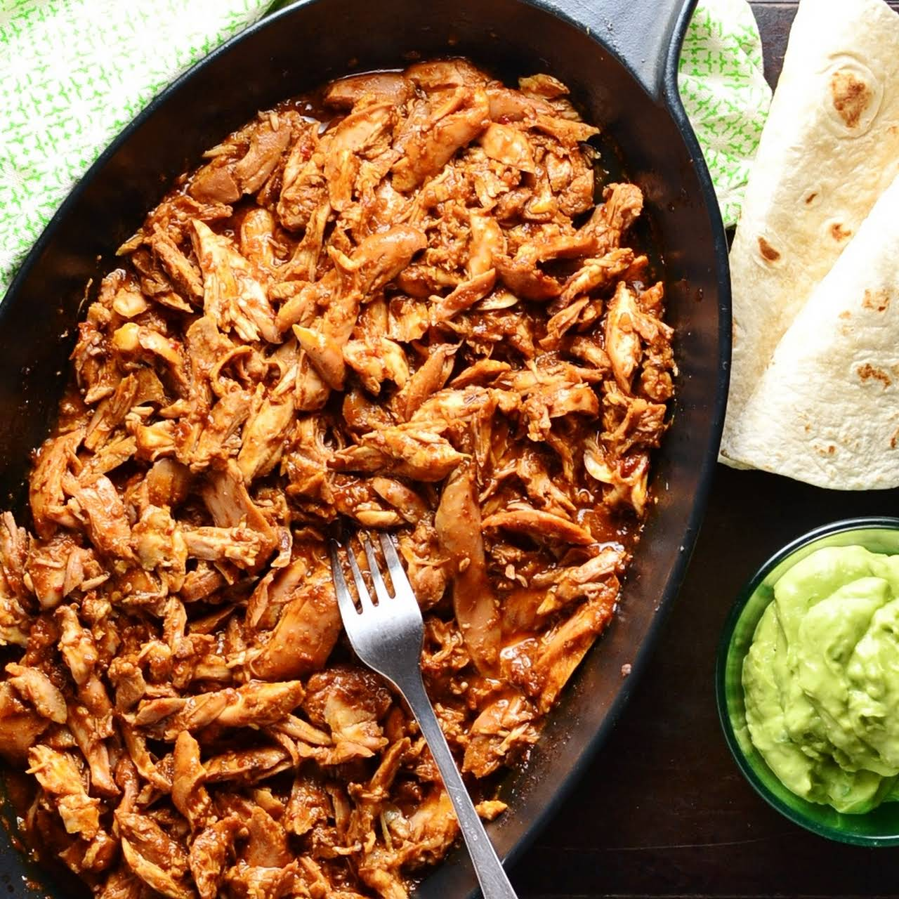 Pulled Chicken the Healthy  showing off
