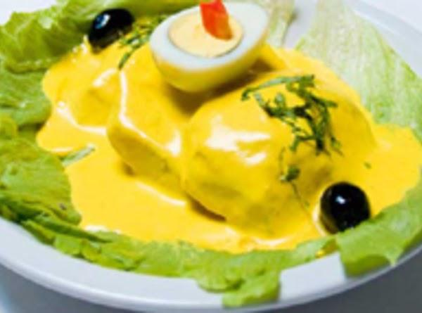 Potatoes With Creamy Cheese Sauce Recipe
