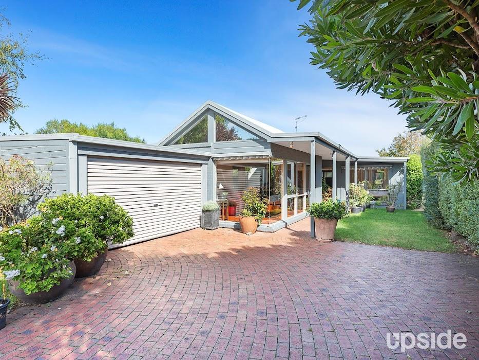 Main photo of property at 62 Banksia Place, Rosebud 3939