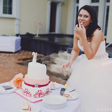 Wedding photographer Elena Zayceva (Zaychikovna). Photo of 23.07.2013
