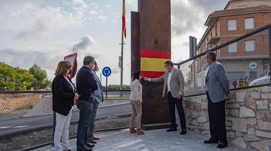 El Ayuntamiento celebra la hispanidad inaugurando una nueva plaza pública