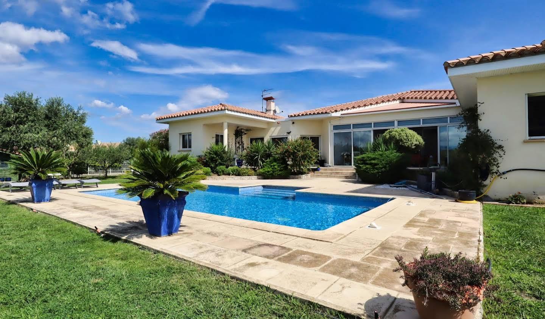 Villa avec piscine et jardin Villeneuve-de-la-Raho