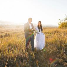 Wedding photographer Viktoriya Viktorovna (VictoriiaZ08). Photo of 18.10.2015