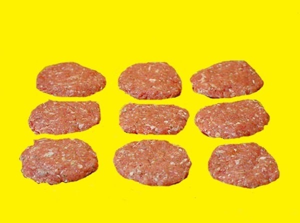 Remove sausage mixture from refrigerator.  Form into links or patties.